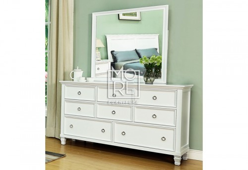 Tamarack Dresser with Mirror