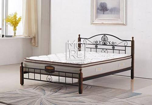 P001B Metal & Timber Bed Frame Oak