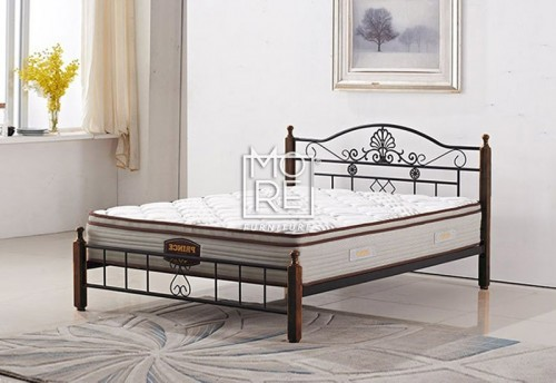 P001B Metal & Timber Bed Frame Oak
